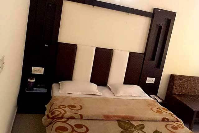 Hotel Shree Ram, Railway Road, Hotel Shree Ram