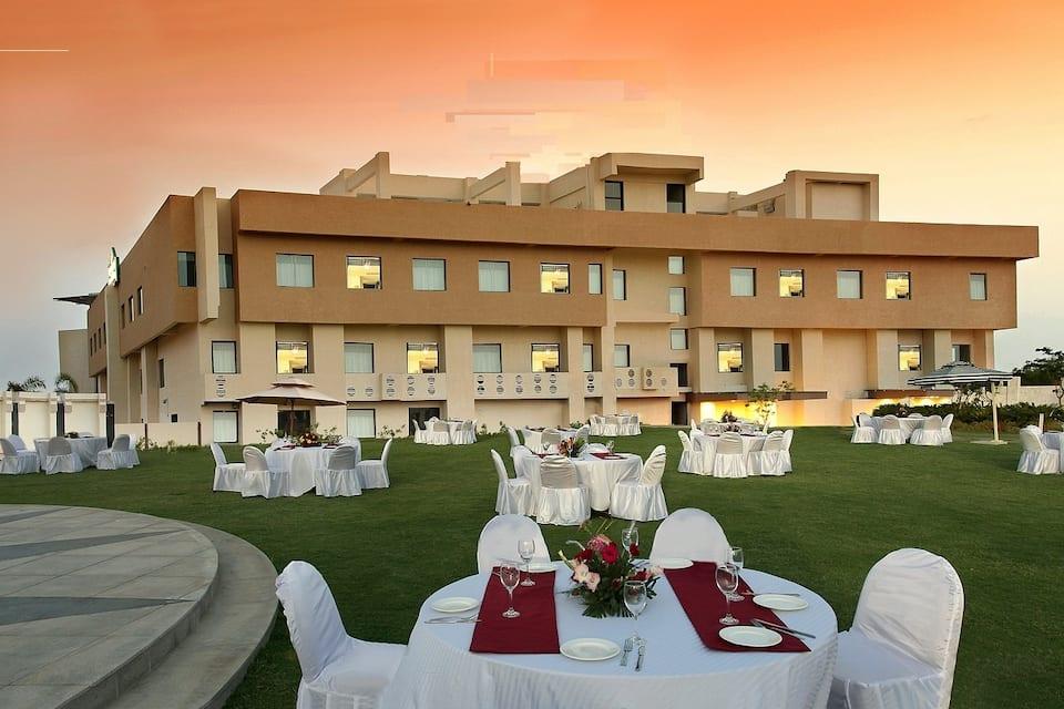 Country Inn & Suites By Carlson Ajmer, Sushant City, Ramada Ajmer
