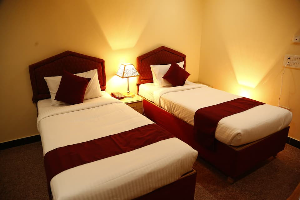 Hotel I K London Residency, Somajiguda, Hotel I K London Residency