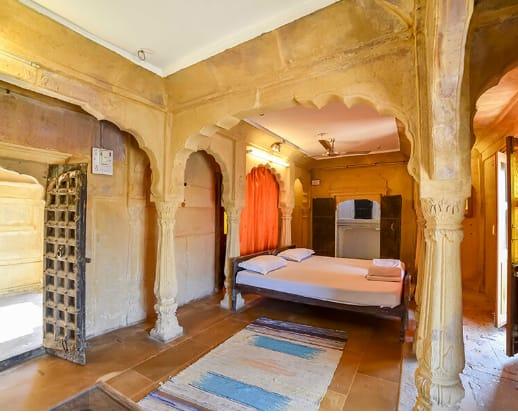 Hotel Suraj, Hanuman Circle, Hotel Suraj