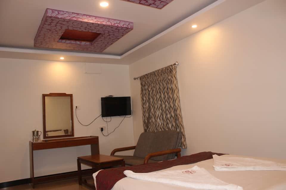 Hotel Jaysanthi, Ooty Club Road, Hotel Jaysanthi