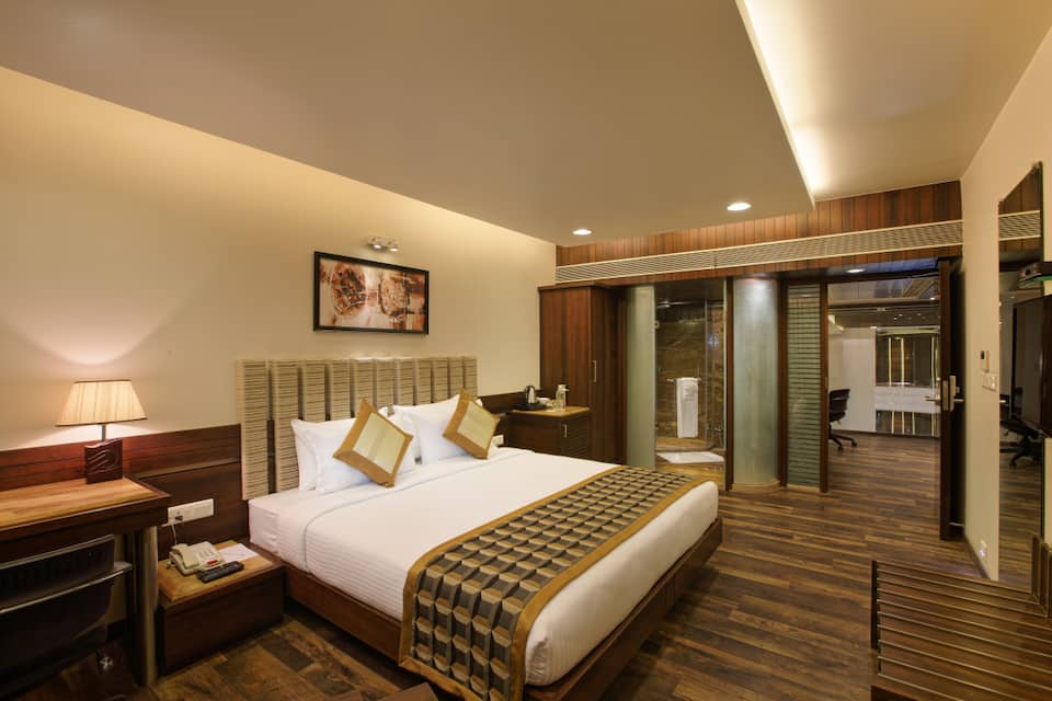 Executive Double Room With Breakfast  One Major Meal