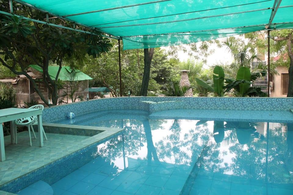 V Resorts Master Farms, Zirakpur, V Resorts Master Farms Zirakpur