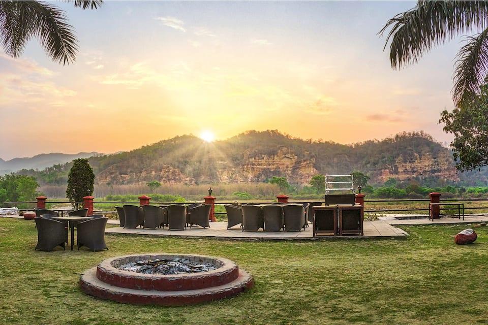 Pagodas Manu Maharani, Dhikuli, Pagodas Manu Maharani
