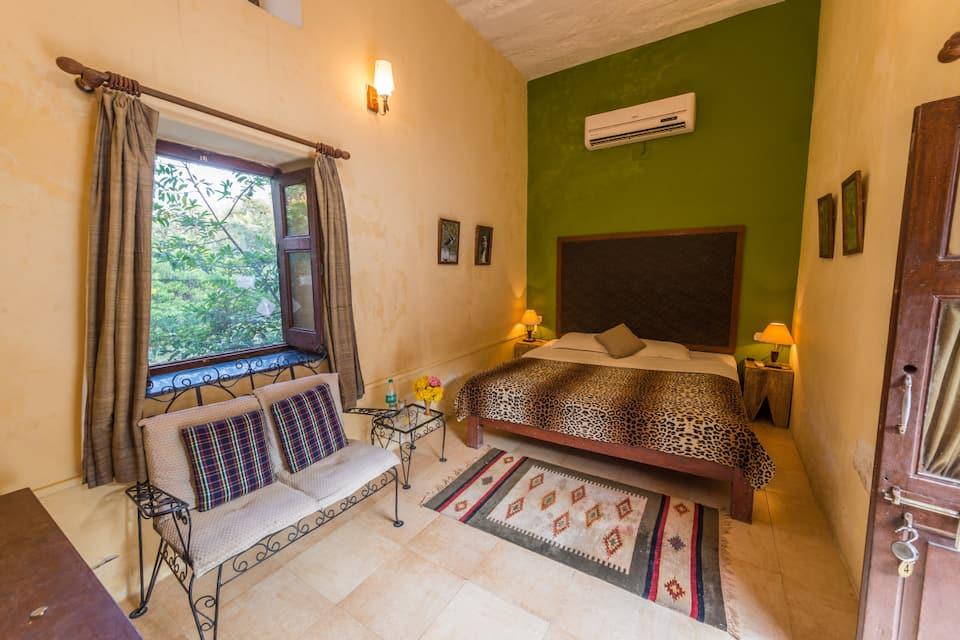 Suite Room with Breakfast