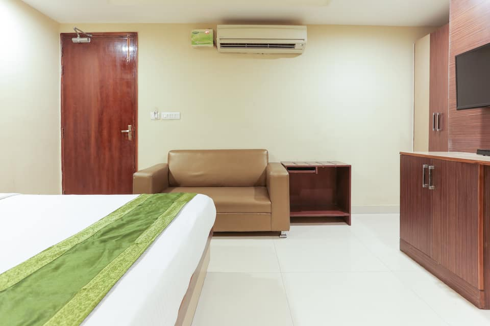 Hotel Balsons International, Karol Bagh, Treebo Balsons International