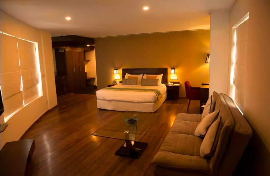 Hotel Centre Point, Sholinganallur, Hotel Centre Point