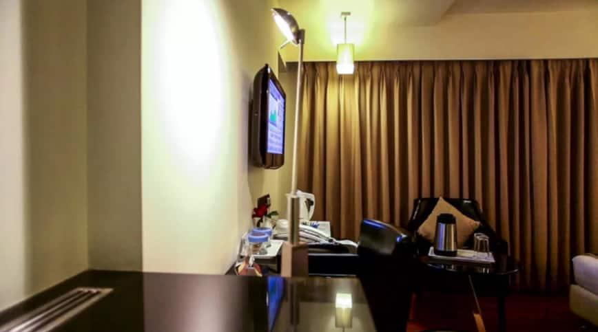 Quality Inn Bez Krishnaa, Dwaraka Nagar, Quality Inn Bez Krishnaa