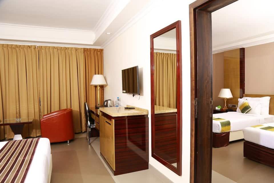 Hotel Bonanza, Paravoor, Hotel Bonanza