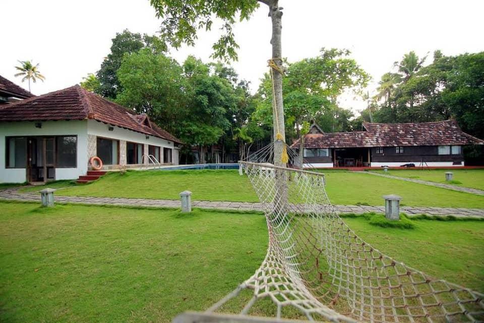 Shanthiteeram Lakeside Heritage Resort, Cherthala, Shanthitheeram Lakeside Heritage Resort
