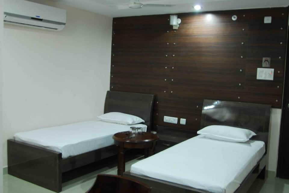 Hotel Swagath Grand, Vanasthalipuram, Hotel Swagath Grand
