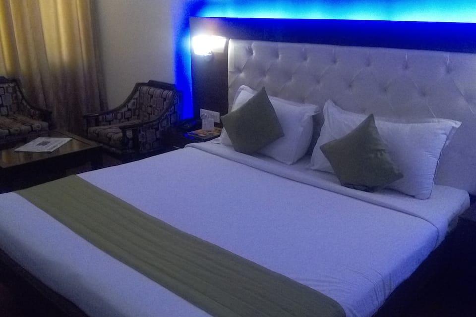 Hotel KC Residency, Sector 35 B, Hotel KC Residency