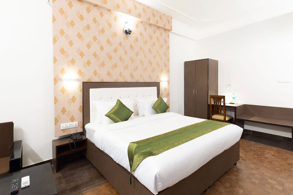 The Dream Palace Hotel, Tonk Road, TreeboDreamPalace