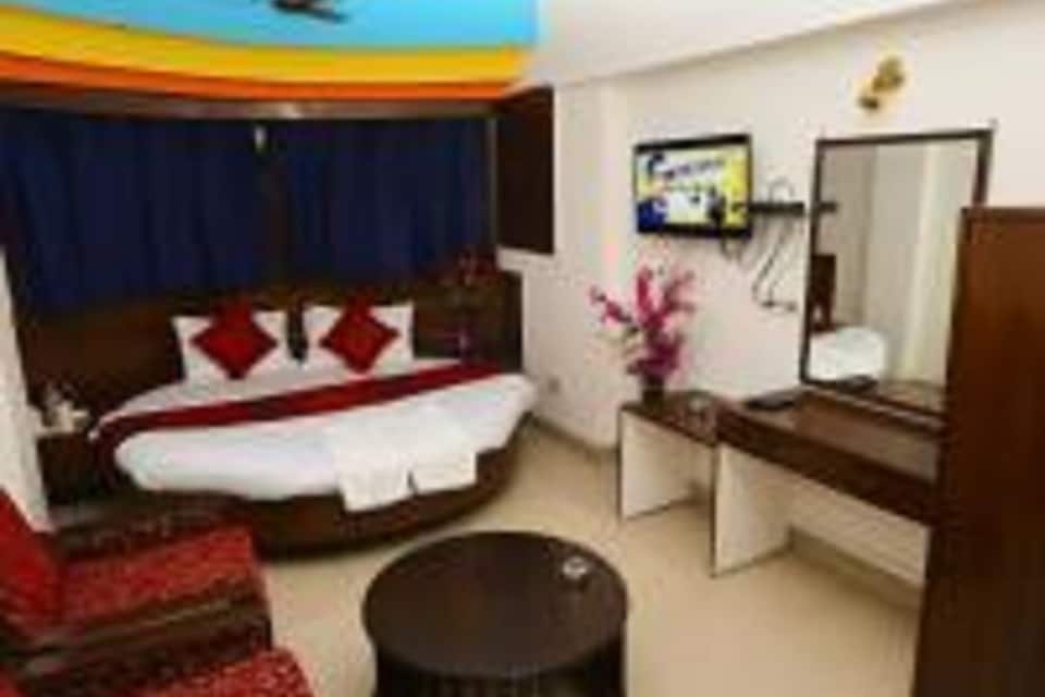 Semi Deluxe Double Room With Breakfast and Wifi