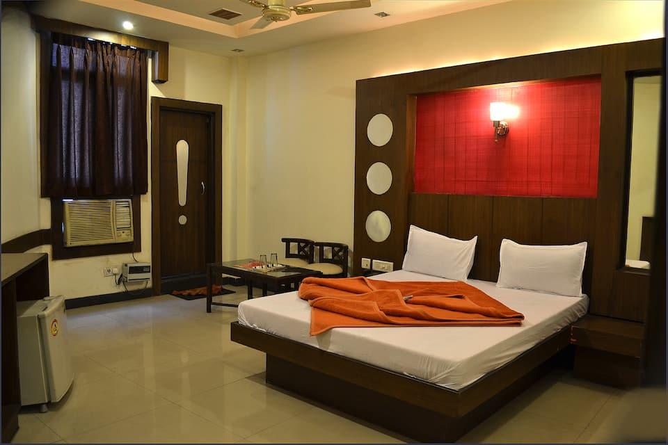 Hotel Krishna Heritage, Dudhadhari Chowk, Hotel Krishna Heritage
