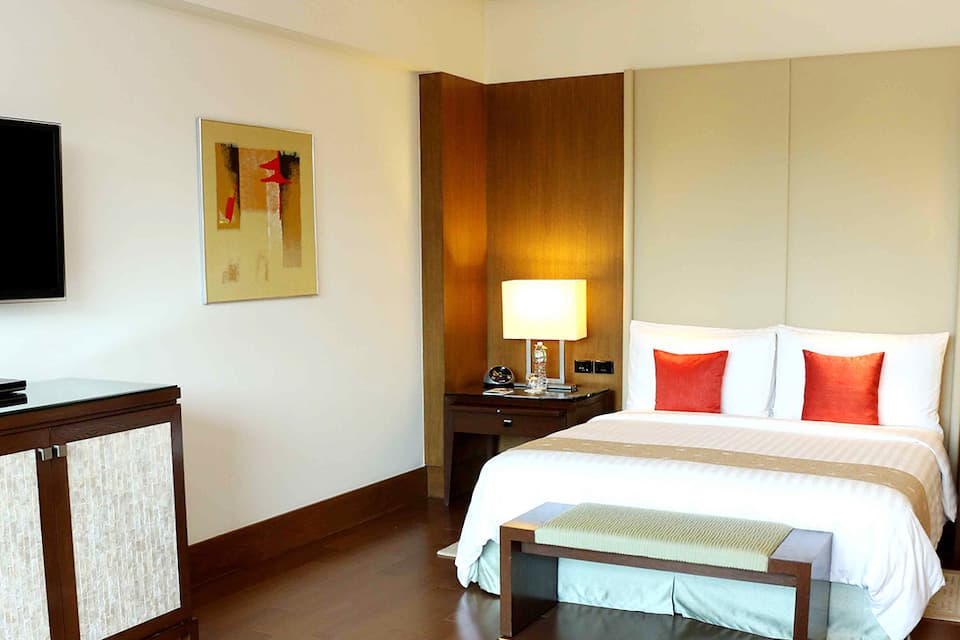 Premier Room - Business Travel Plus