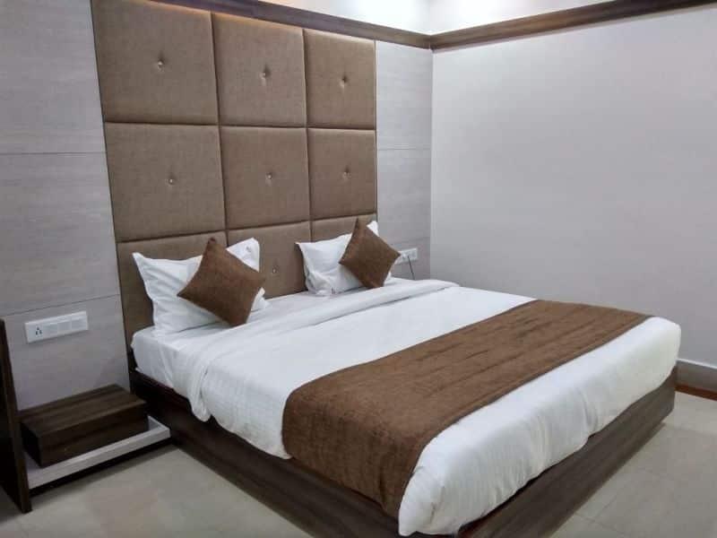 Hotel Samrat, Vegetable Market, Hotel Samrat