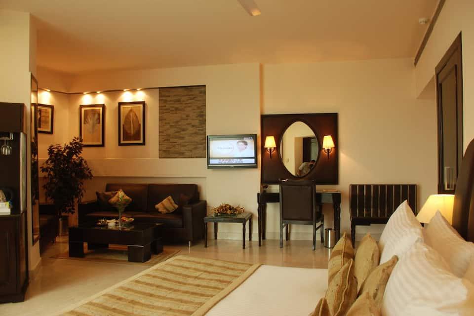 Deluxe Room with Breakfast