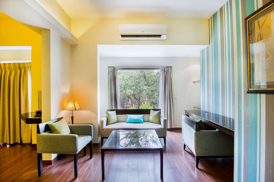 Shervani New Delhi, South Delhi, FabHotel Shervani Pragati Maidan