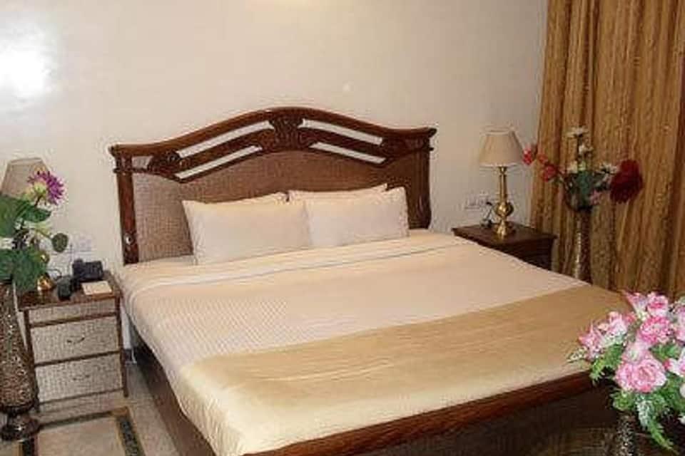 Hotel Zeeras, Cantonment, Hotel Zeeras