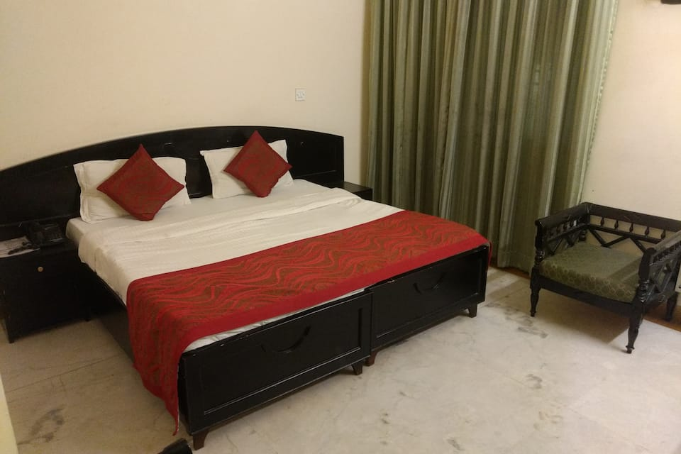 Hotel City Centre Inn, Lajpat Nagar, Hotel City Centre Inn