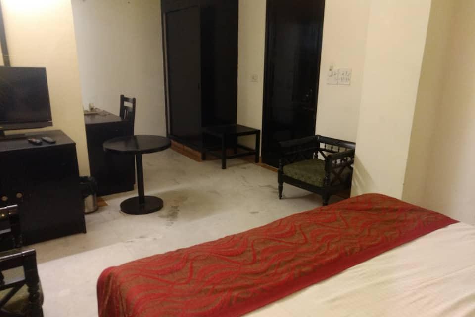 City Centre Inn, South Delhi, Hotel City Centre Inn