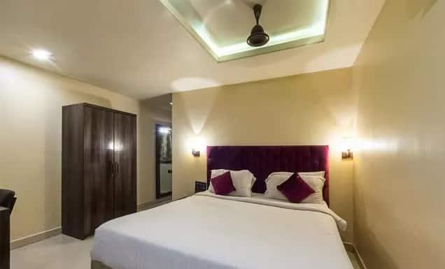 Hotel Parashar, Mohan Nagar,, Hotel Parashar