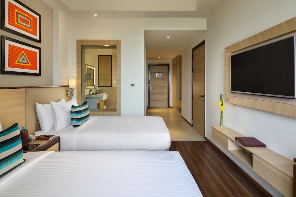 Sandal Suites Op. by Lemon Tree Hotels, Greater Noida Expressway, Sandal Suites Op. by Lemon Tree Hotels