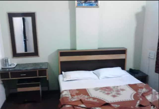 Sahara Residency, Sayyaji Rao Road, Sahara Residency