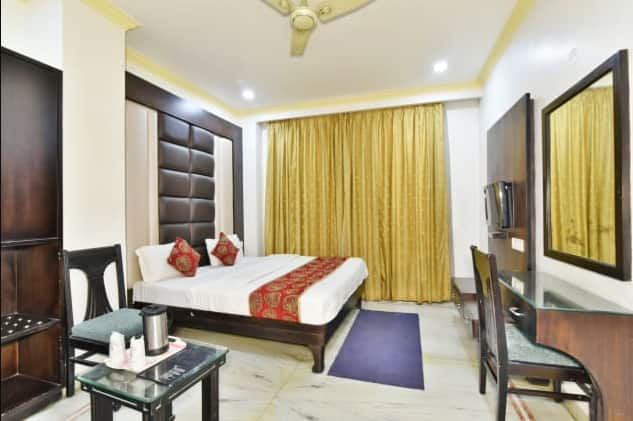 Hotel R V Continental, Near Golden Temple, Hotel R V Continental