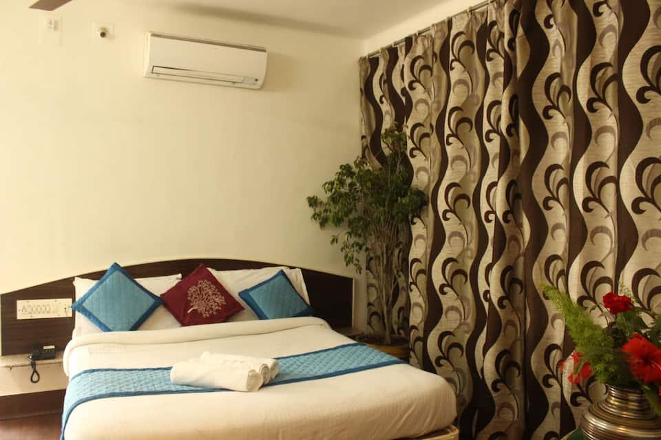 Hotel Shanti, Polo Ground, Hotel Shanti