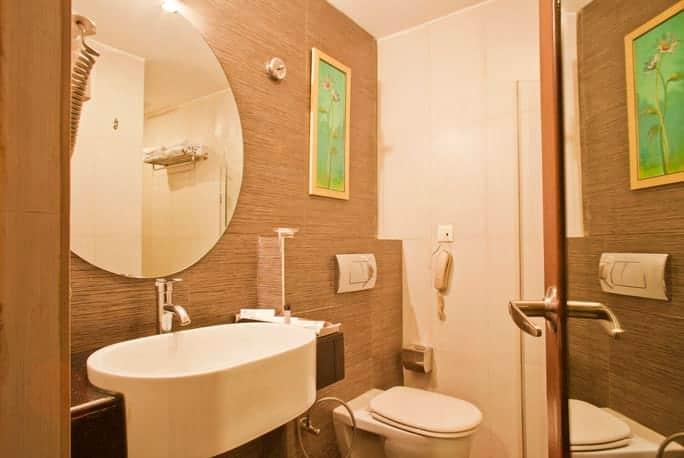 The Platinum Hotel, Himayat Nagar, The Platinum Hotel