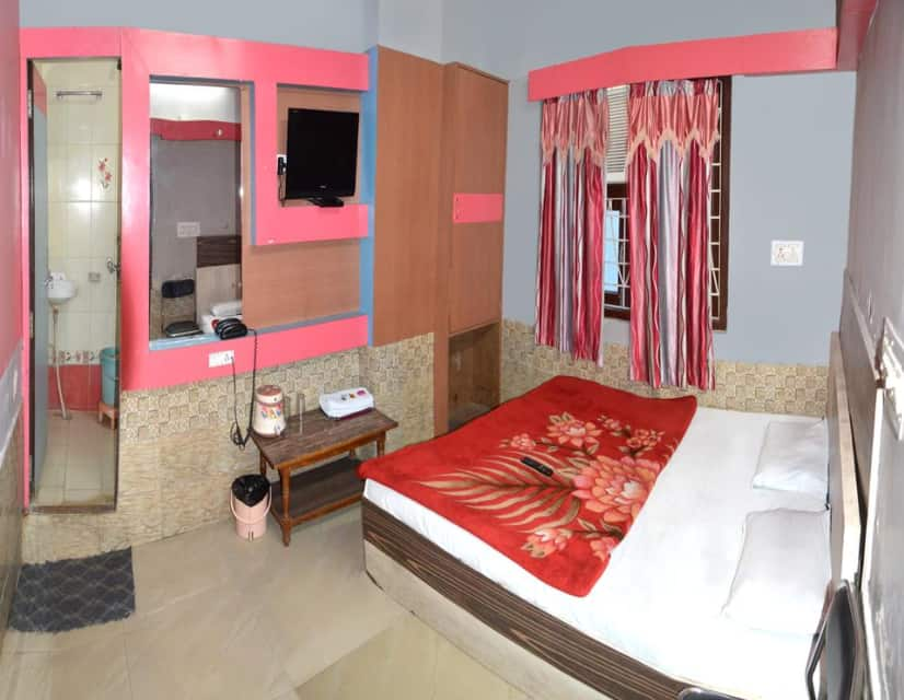 Three Bed AC Room