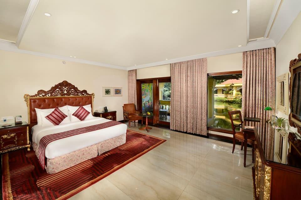Executive Double Room With Breakfast (Lagoon Facing)