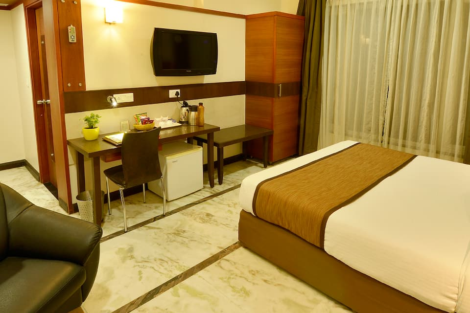 Amantra Royal Double Room Only