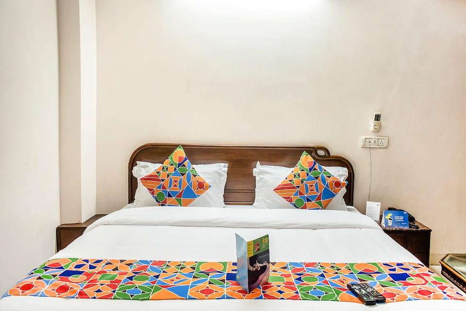 Hindustan International Hotel, Arakashan Road, FabHotelHindustanInternationalPaharganj