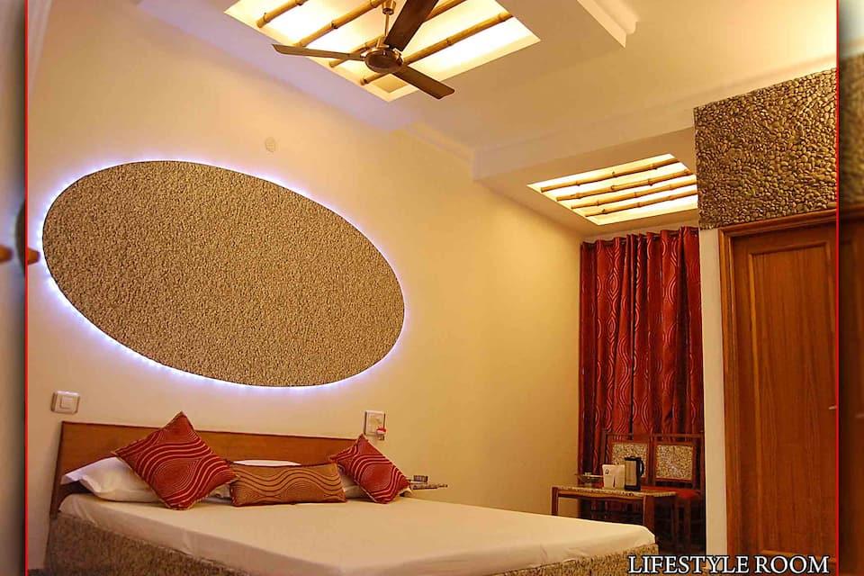 Hotel Ishan Villa, G T Road, Hotel Ishan Villa
