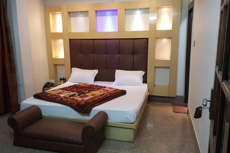 Hotel Krishna Inn, Shiv Murti Chowk, Hotel Krishna Inn