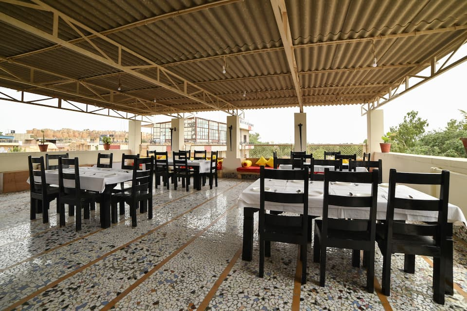 Hotel Bansuri Deluxe, Hanuman Circle, Treebo Trip Bansuri Jaisalmer