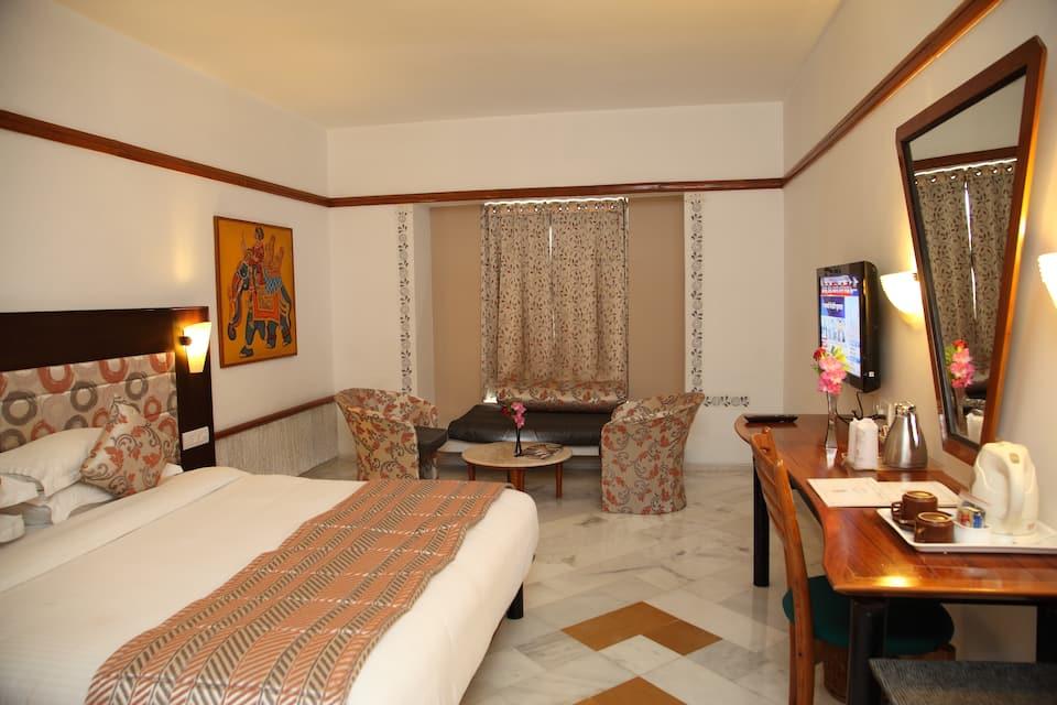 Hotel Paras Mahal, Haridasji Ki Magri, Hotel Paras Mahal