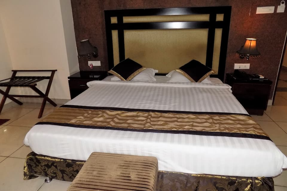 Grandeur Executive Double Room Only