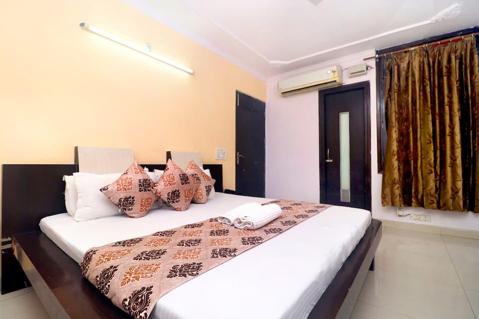 Gurjeet Guest House, Near Golden Temple, Gurjeet Hotel by Naavagat
