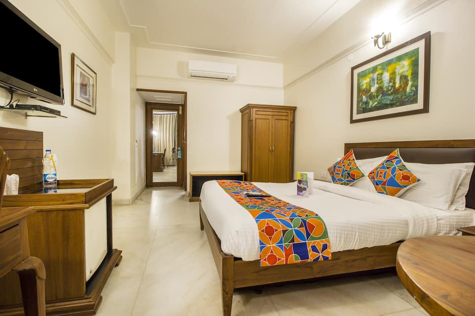 FabHotel Sheronz Piccadily Chowk, Sector 35, FabHotel Sheronz Piccadily Chowk