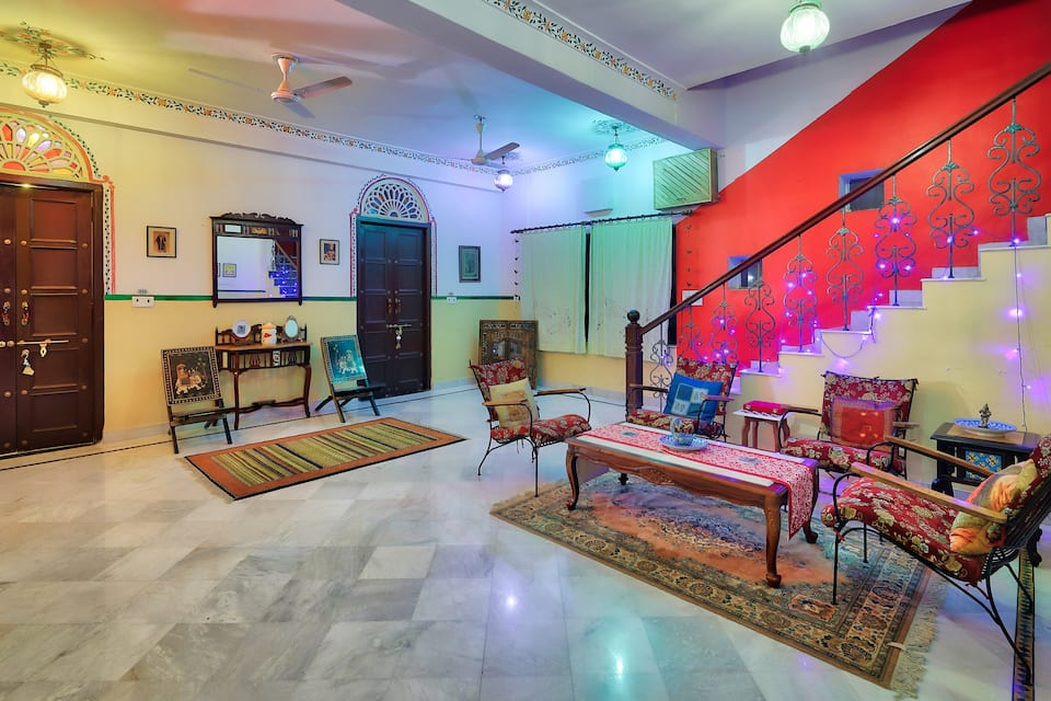 Ikaki Niwas, Jawahar Nagar, Ikaki Niwas