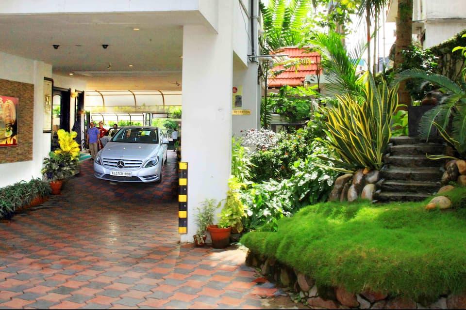 Yuvarani Residency, Next to Bhima Jewellery, Yuvarani Residency