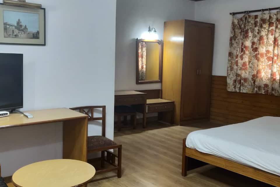 Hotel Harsha, The Mall, Hotel Harsha