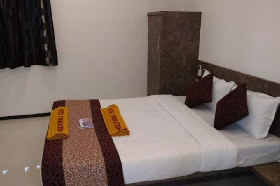 Hotel Vyankatesh, Main Market, Hotel Vyankatesh