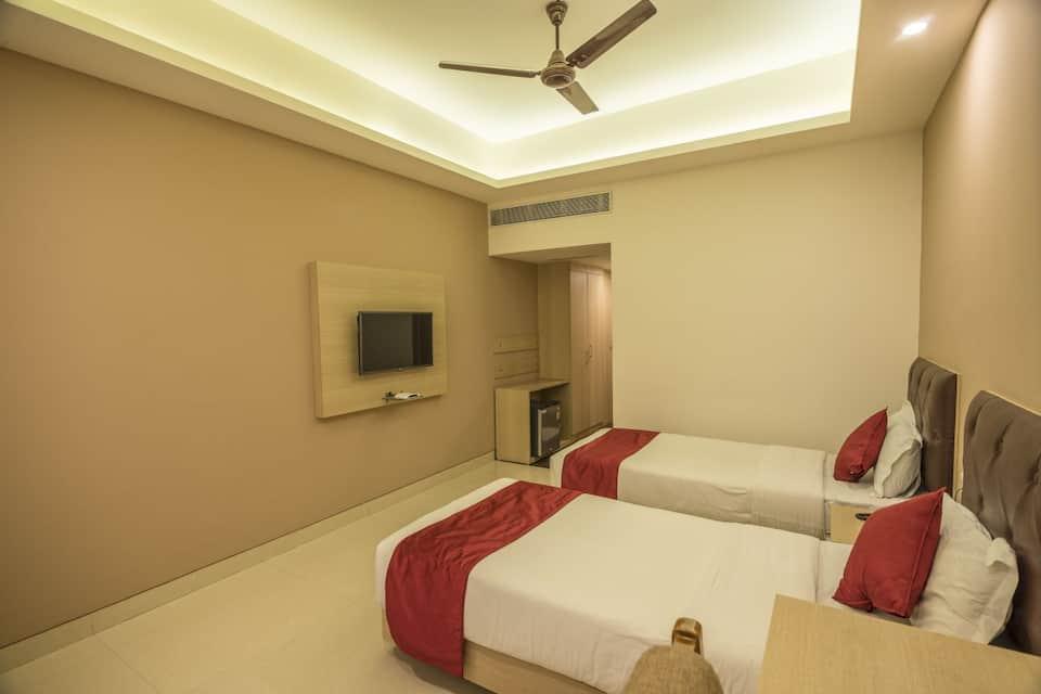 Hotel Nisarga, MP Nagar, Hotel Nisarga
