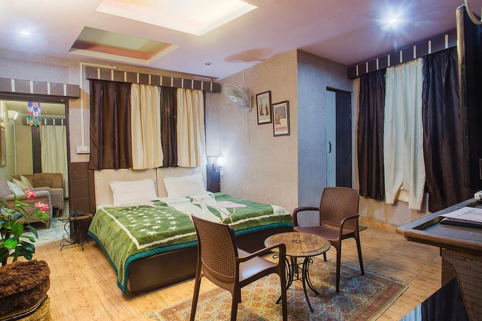 Deluxe Non Ac Room With Breakfast