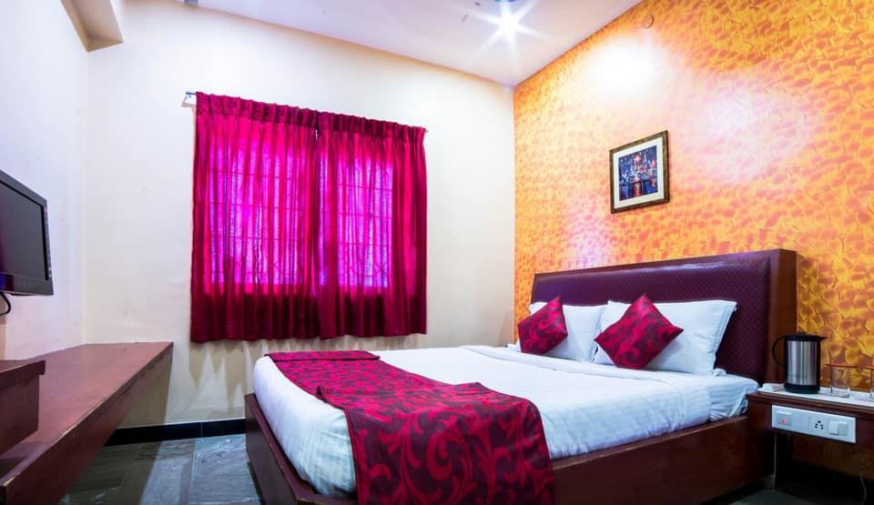 Hotel Shreenithi, Mattuthavani, Hotel Shreenithi
